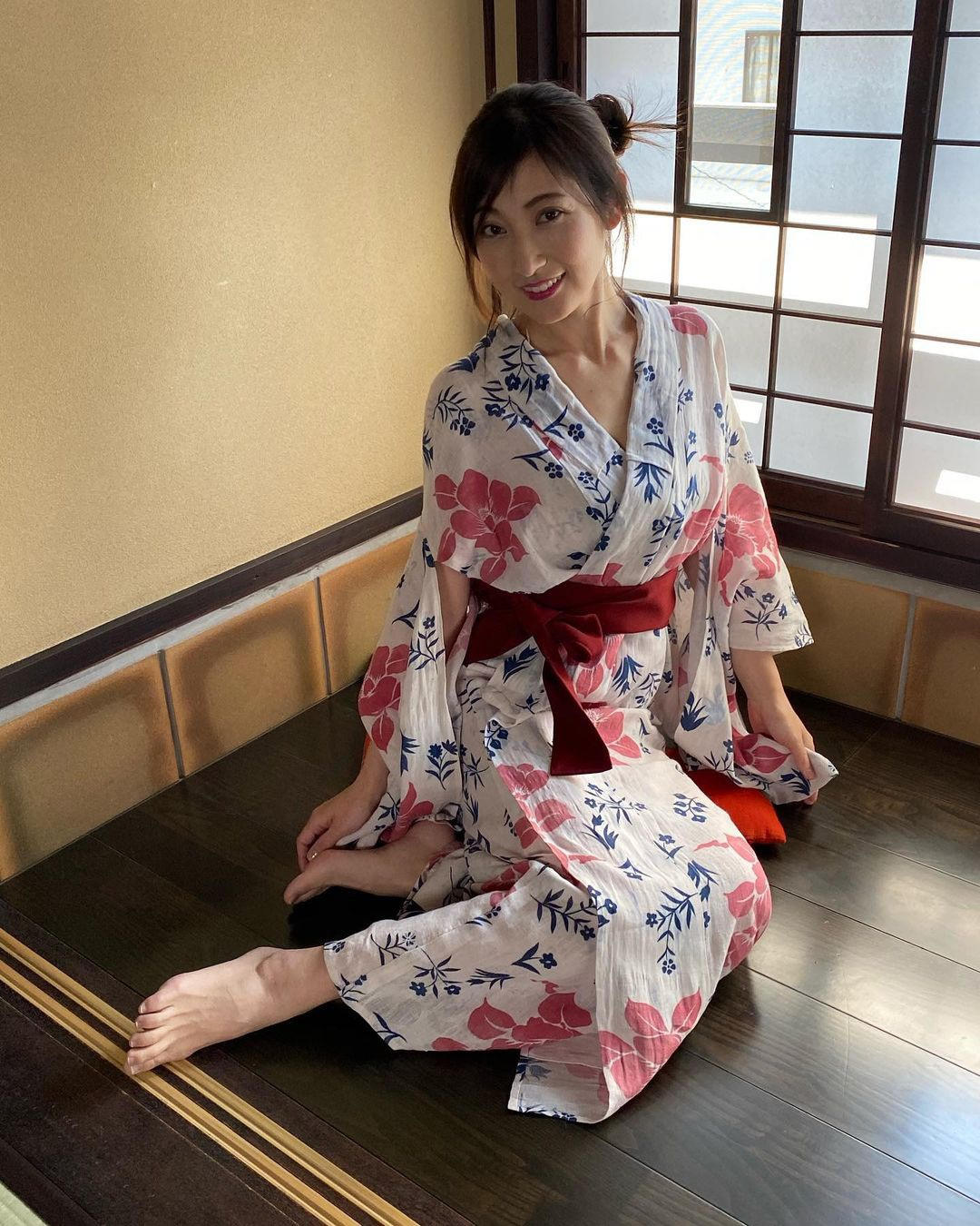 Nữ hoàng áo tắm Nhật Bản Yoko Kumada ly hôn chồng vì bị bạo hành - 3