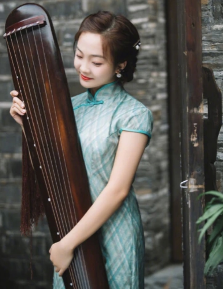 Bé gái Olympic mãi chật vật: Nhiều người hỏi Trương Nghệ Mưu ở đâu... - 5