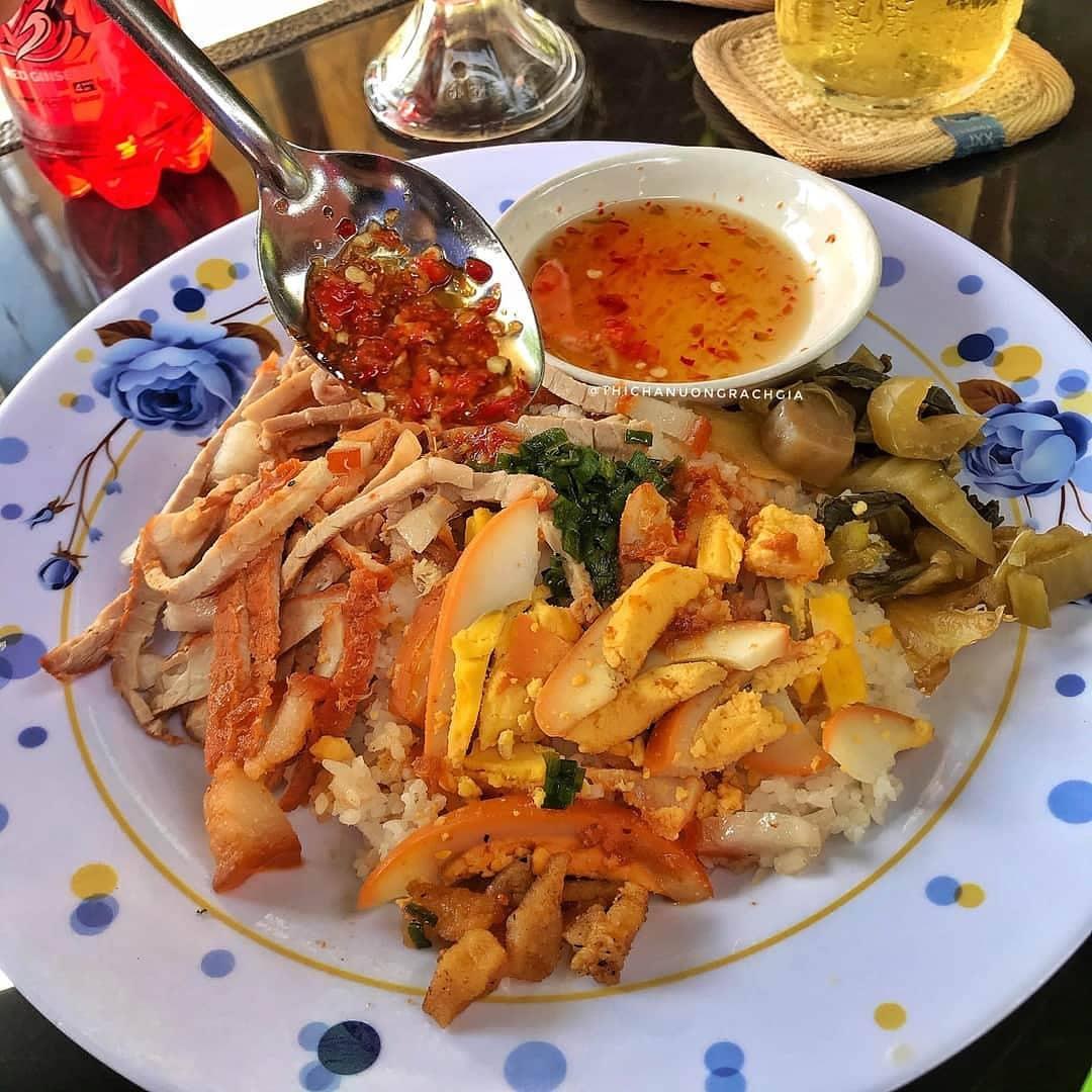 5 món cơm đặc sản nghe tên là biết ngon của Việt Nam - 4