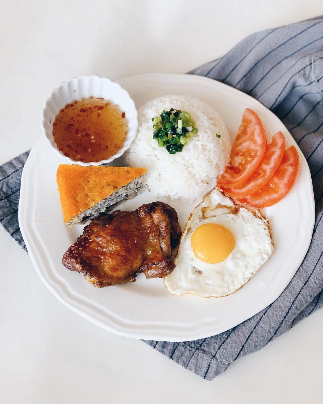 5 món cơm đặc sản nghe tên là biết ngon của Việt Nam - 2