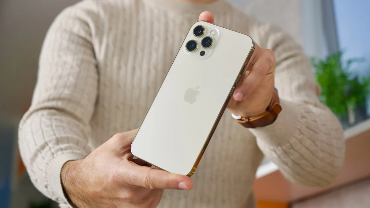 Apple sẽ ra mắt iPhone 14 Max giá mềm vào năm 2022? - 2