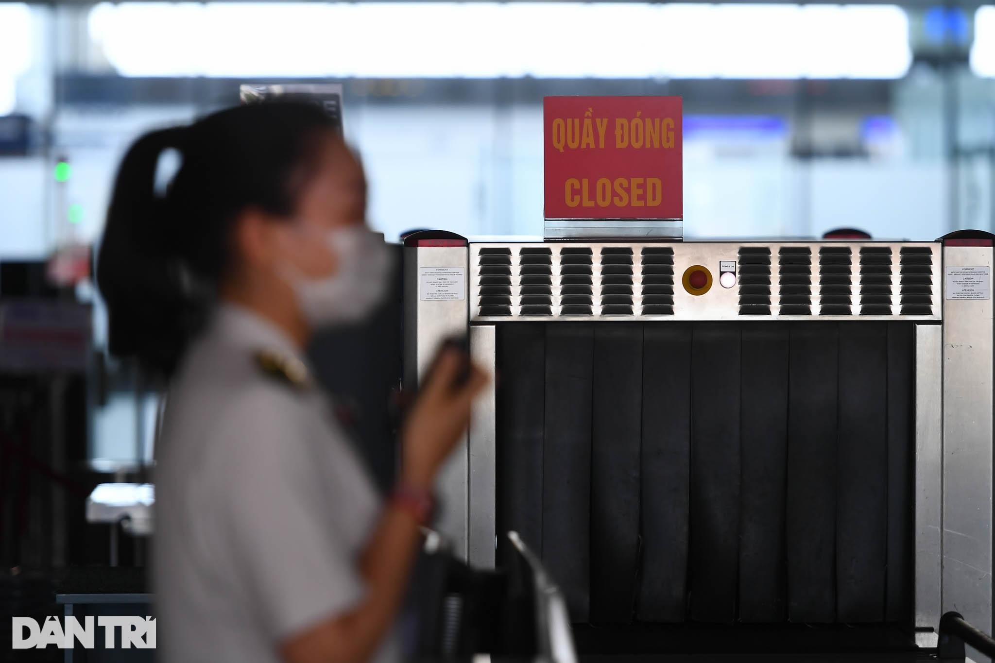 Cảnh tượng khác lạ tại ga quốc tế Nội Bài: Vắng lặng như bị bỏ quên - 9