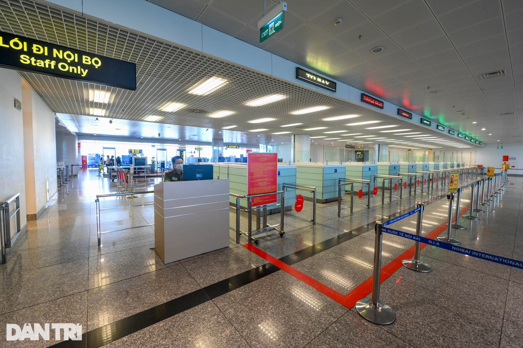 Cảnh tượng khác lạ tại ga quốc tế Nội Bài: Vắng lặng như bị bỏ quên - 6