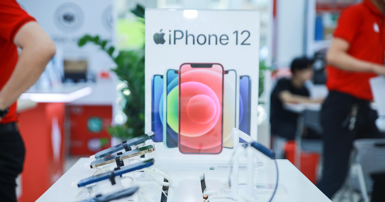 iPhone 12 hàng qua sử dụng bất ngờ tăng giá mạnh - 2