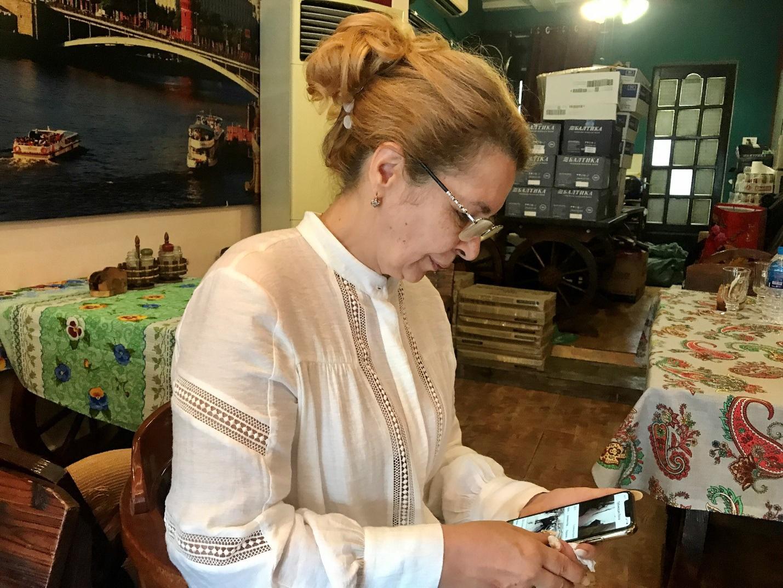 Người phụ nữ Ukraina 20 năm chăm chồng đột quỵ ở Việt Nam - 5