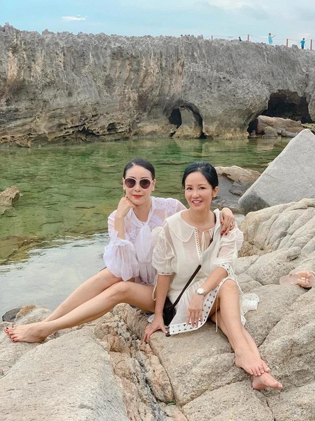 Hoa hậu Hà Kiều Anh từng tiết lộ diva Hồng Nhung một thời yêu cậu ruột mình - 1