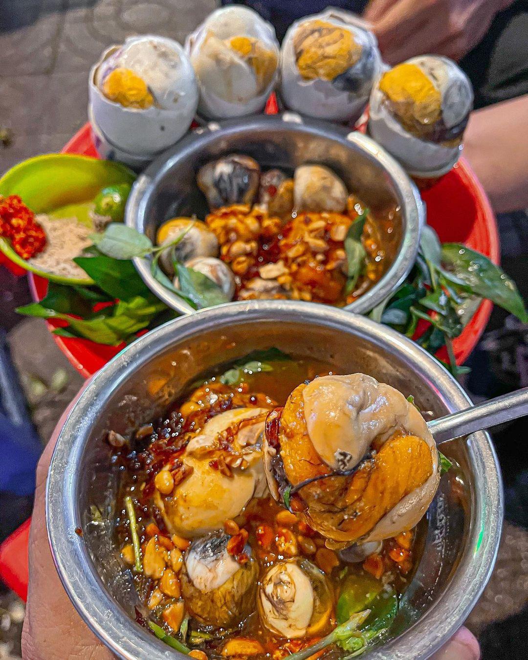 Những món ăn kinh dị nhất Việt Nam khiến khách Tây khóc thét - 3