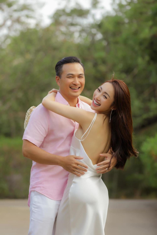 Chuyện tình chú - cháu gây ồn ào của 3 soái ca showbiz Việt - 3