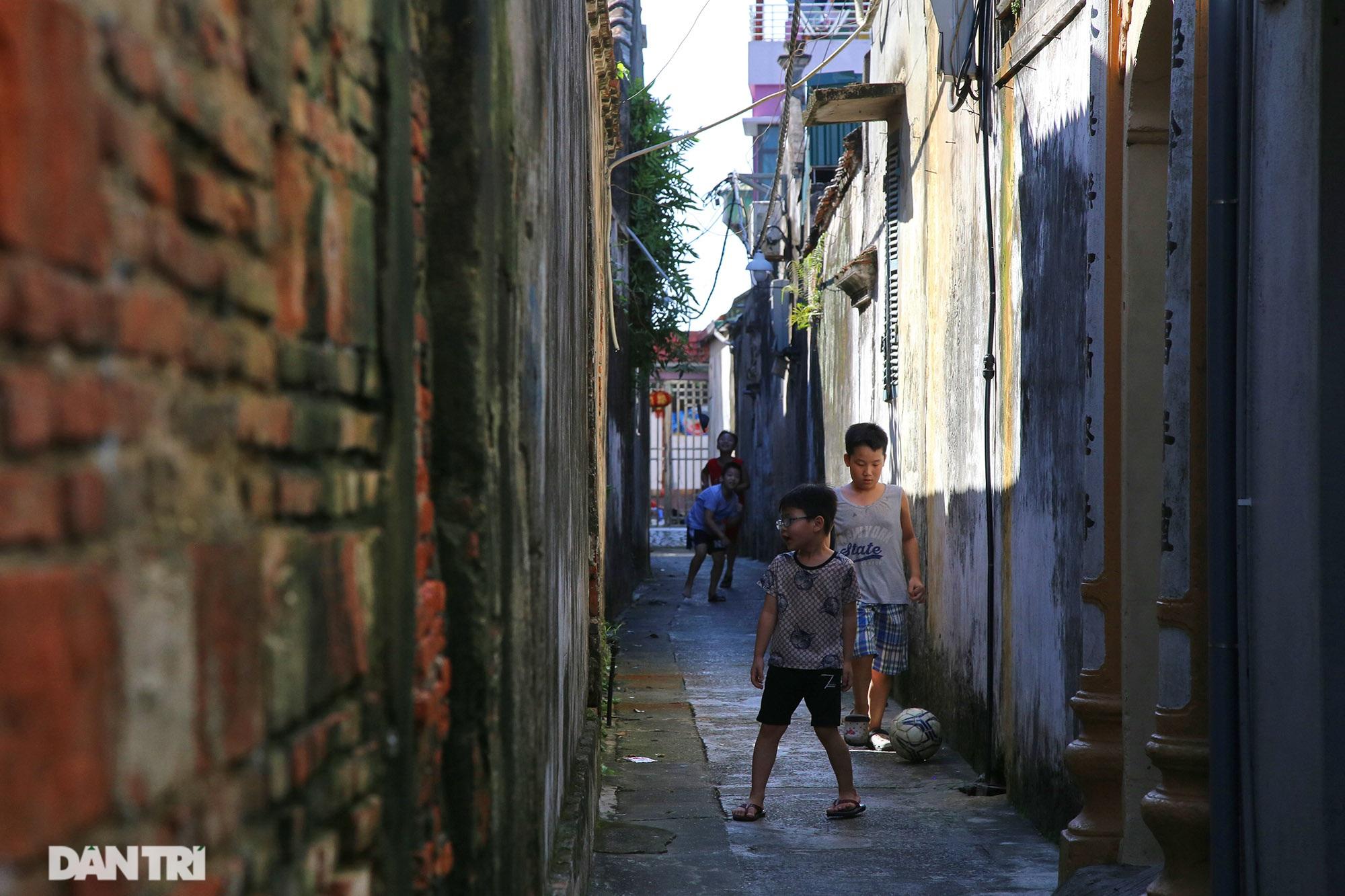 Làng cổ nghìn năm tuổi nổi tiếng giàu có nay là của hiếm ở Hà Nội - 12