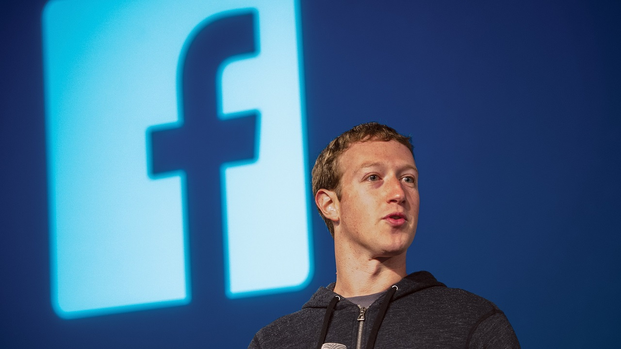 Mark Zuckerberg có hành động ít ai ngờ với cổ phiếu của Facebook - 1