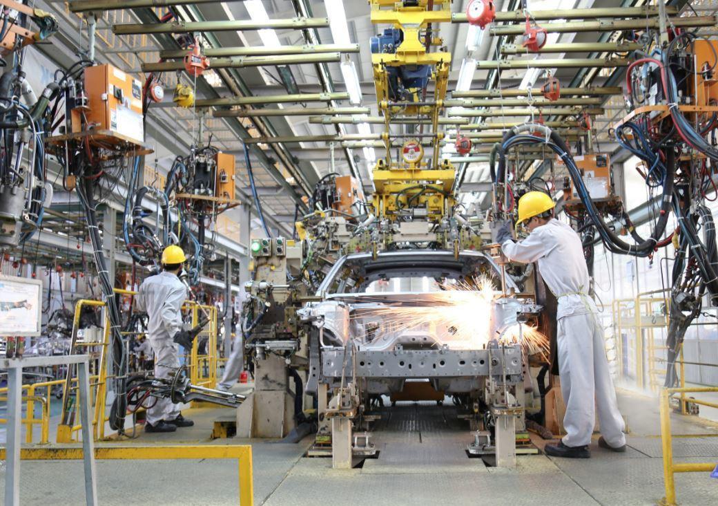 Gần 4 năm bỏ thuế nhập linh kiện, ngành ô tô Việt vẫn phụ thuộc nước ngoài - 3