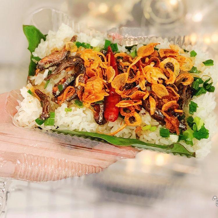 Món xôi nóng hổi ăn kèm của lạ, giá bình dân chỉ hơn cốc trà ở Nha Trang - 7