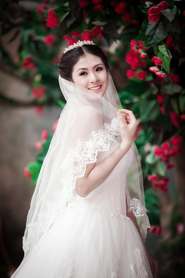 Hoa hậu Ngọc Hân tiết lộ ảnh cưới - 1