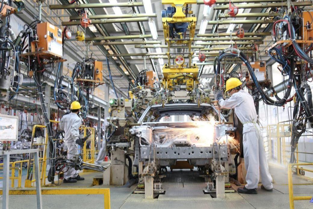 Bộ Tài chính yêu cầu các hãng ô tô trong nước ăn khế thì phải trả vàng - 1