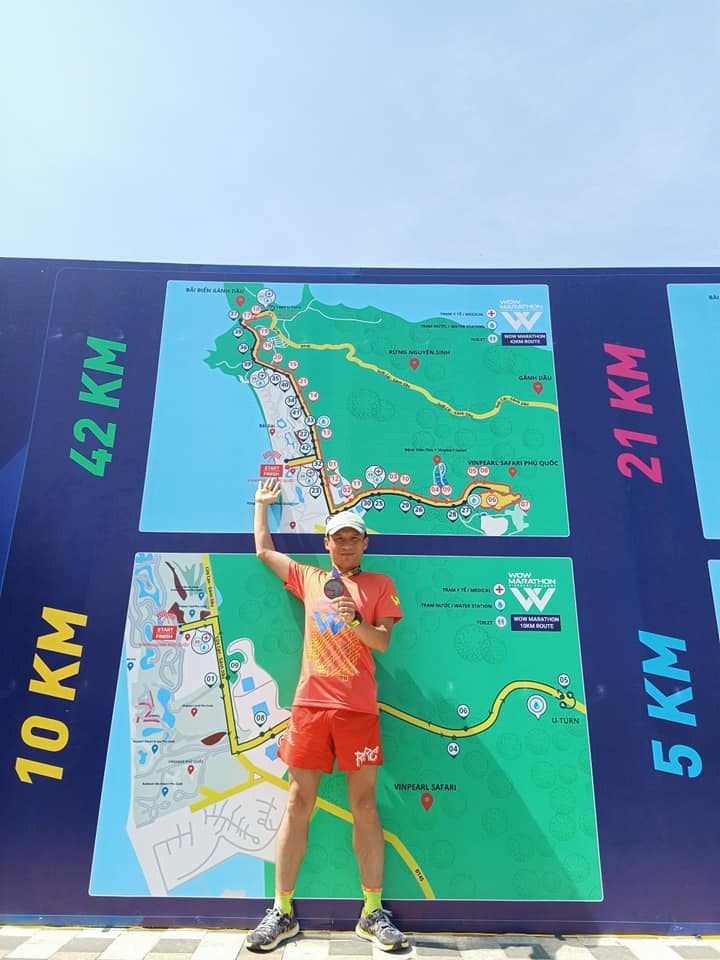 Không cần ra đường, người đàn ông ở Hà Nội vẫn chạy 15km mỗi ngày trong nhà - 4