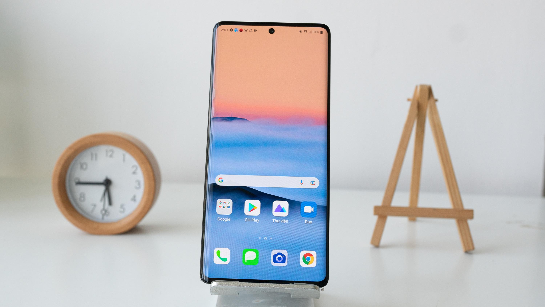 5 mẫu smartphone độc đáo, có tiền cũng khó mua tại Việt Nam - 3