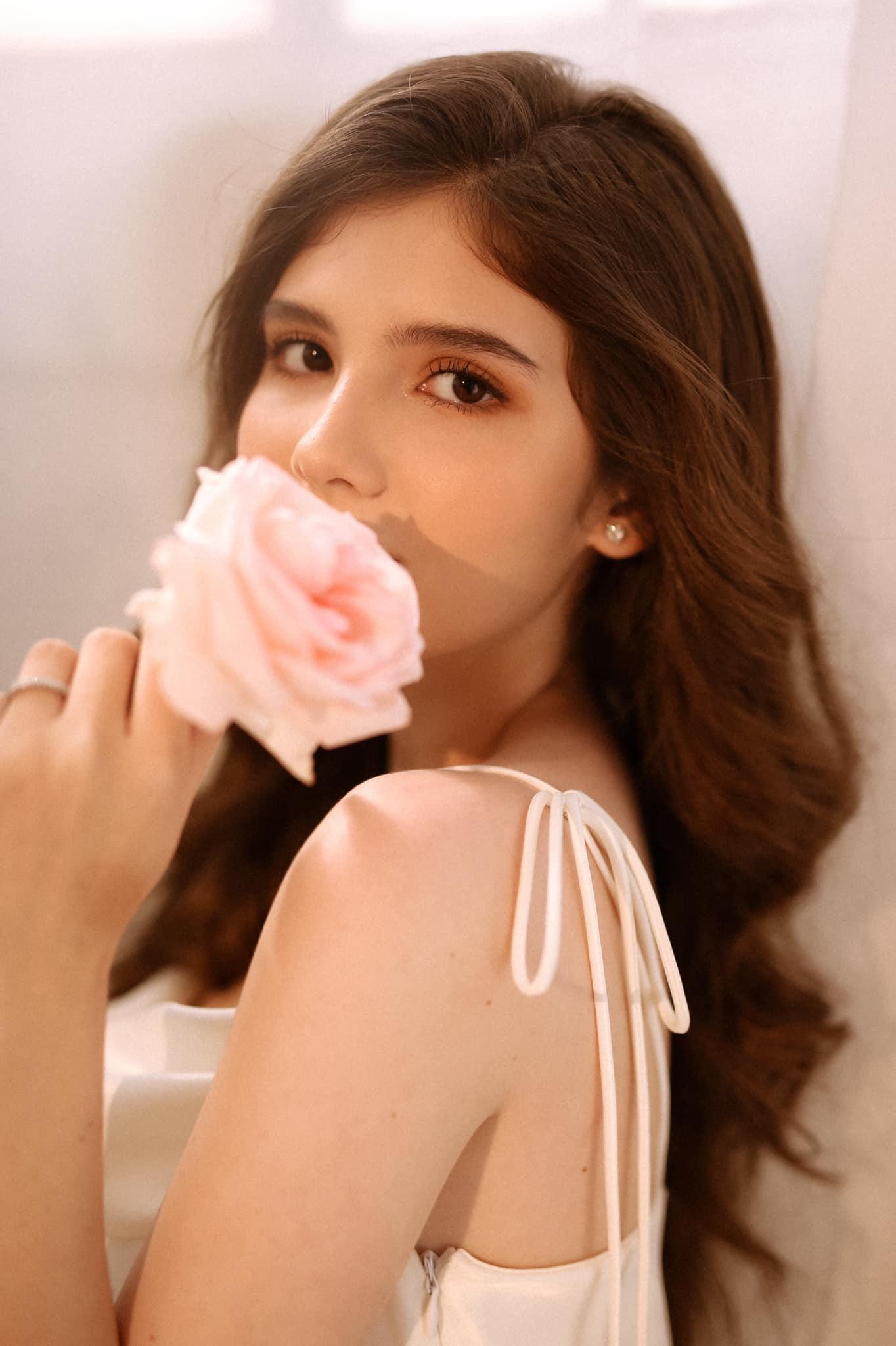 Bông hồng lai Việt - Úc đốn tim bao người vì nét đẹp ấn tượng - 6