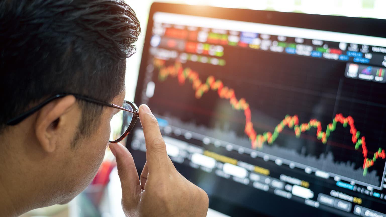 Đầu tư chứng khoán quốc tế: Lời mời gọi đầy rủi ro - 2