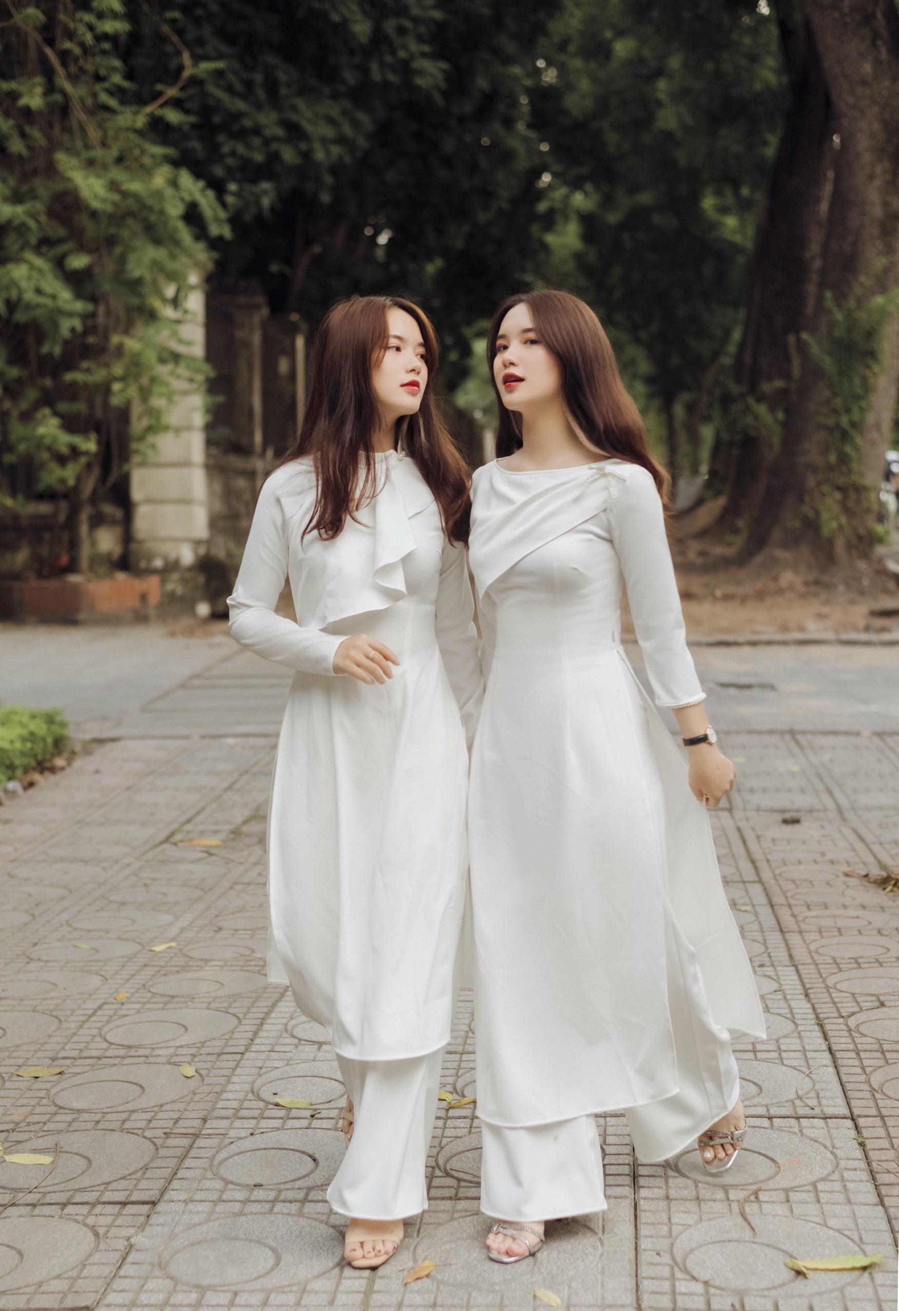 Cặp chị em song sinh Hằng - Nga nổi tiếng ở Đại học Thương mại - 10