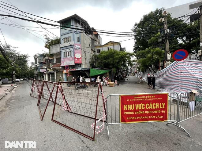 Hà Nội phong tỏa khu dân cư tại phường Thổ Quan với 1.300 dân - 1