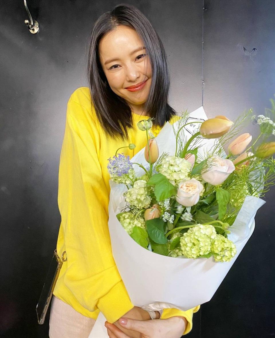 Cuộc sống độc thân vui vẻ của hoa hậu nóng bỏng xứ Hàn - 11