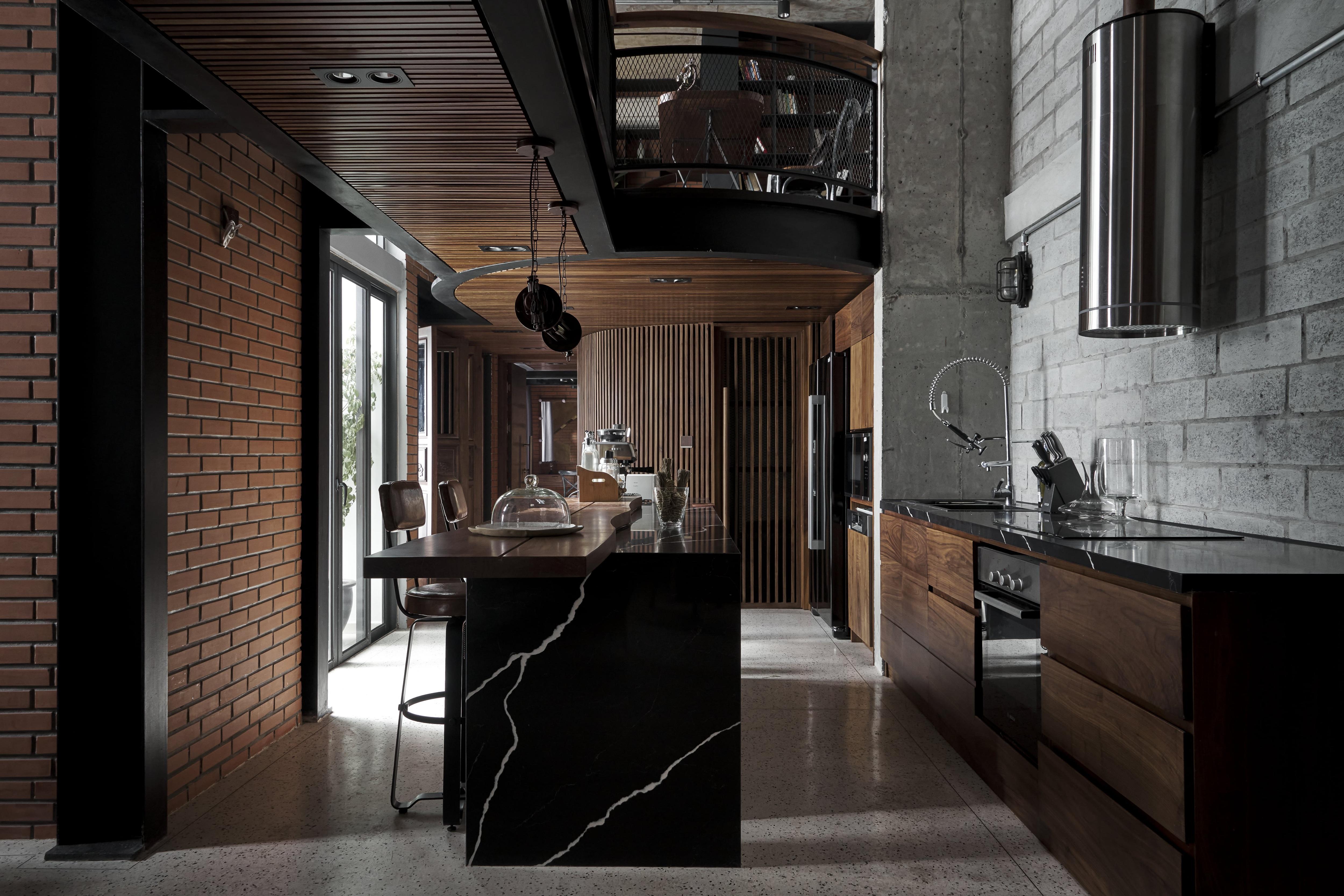 Căn penthouse ven Hà Nội gây choáng với vẻ hầm hố, đậm chất nghệ sĩ - 5