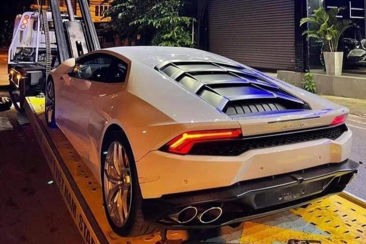 Cận cảnh Lamborghini Huracan của thanh niên 23 tuổi ở Đắk Lắk - 1