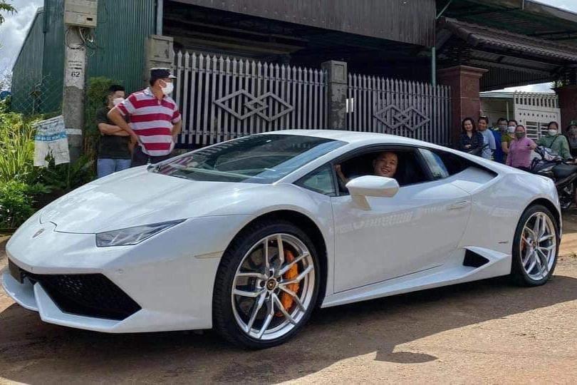 Xe Lamborghini 3 _ Đắk Lắk _CTV.jpeg