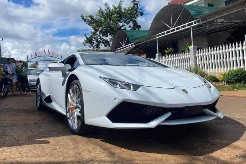 Xe Lamborghini 4 _ Đắk Lắk _CTV.jpeg