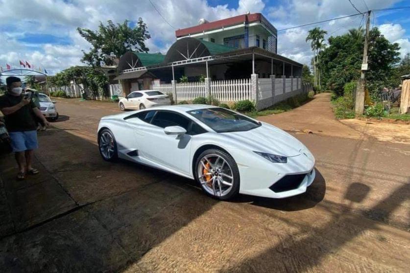 Xe Lamborghini 2 _ Đắk Lắk _CTV.jpeg