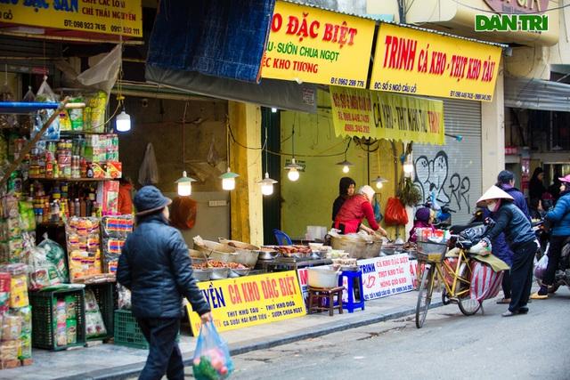 Cảnh vắng vẻ đìu hiu chưa từng có ở khu chợ sắm Tết của nhà giàu Hà Nội - 3