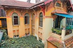 Biệt thự Pháp cổ 600 tỷ của ông chủ ngành in 'nức tiếng' Hà Nội