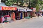 Chợ Ninh Hiệp vắng vẻ, tiểu thương ngồi chơi cả ngày vì không có hàng