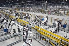 """Nhiều nhà máy ôtô vẫn dừng sản xuất dù không thuộc """"vùng nguy cơ cao"""""""
