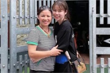 Bạn gái mới khoe ảnh ôm mẹ Quang Hải, fans xôn xao về màn ra mắt