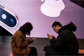 """Apple giảm giá iPhone ở Trung Quốc để kích cầu, người Việt """"mừng thầm""""?"""