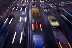 Vì sao các hãng xe dừng quảng cáo trên Facebook và Instagram?