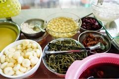 Những quán ăn đi cùng năm tháng ở Sài Gòn