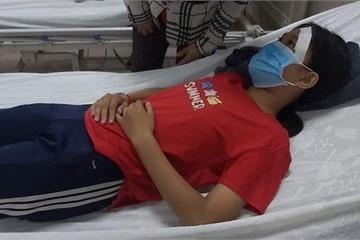 Nữ sinh bị đánh nhập viện sau va quẹt giao thông