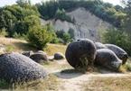 Bí ẩn những 'viên đá sống' ở Romania