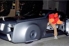 Ca sĩ Justin Bieber ra phố với chiếc Rolls-Royce cực dị