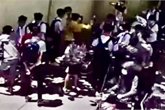 Công an điều tra vụ nam sinh lớp 8 bị đánh hội đồng ở Đồng Nai
