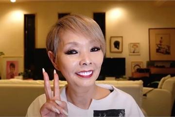 Video hóa trang thành thiếu nữ của Youtuber 68 tuổi gây sốt mạng xã hội