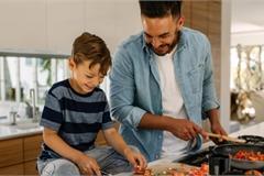 Những kỹ năng sống giúp con trở thành một người có trách nhiệm