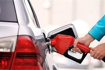 Ô tô ngốn xăng: Tài xế bỏ thói quen dưới đây sẽ thấy cải thiện