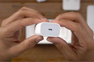 """Không phải iPhone 12, đây mới là thứ giúp Apple """"hốt bạc"""" tại Việt Nam"""