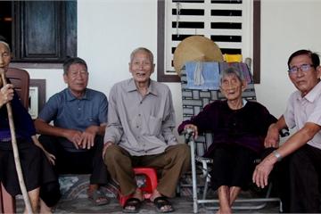 5 chị em đặc biệt ở Hà Tĩnh: Tuổi từ 85 đến 97, sống khỏe mạnh và minh mẫn