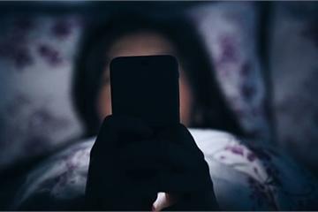 Bí mật đáng sợ của chồng tôi trong điện thoại