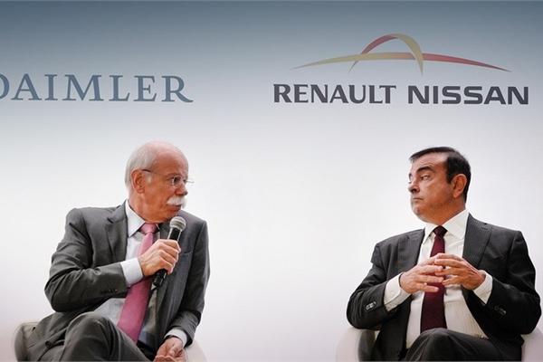 Nissan và Renault cùng 'dứt áo' khỏi Daimler- tập đoàn mẹ của Mercedes-Benz