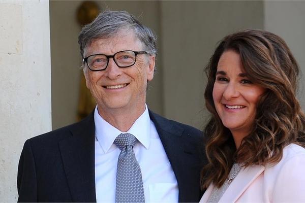 Người đàn ông gây tan vỡ cuộc tình 27 năm của Bill Gates là ai?